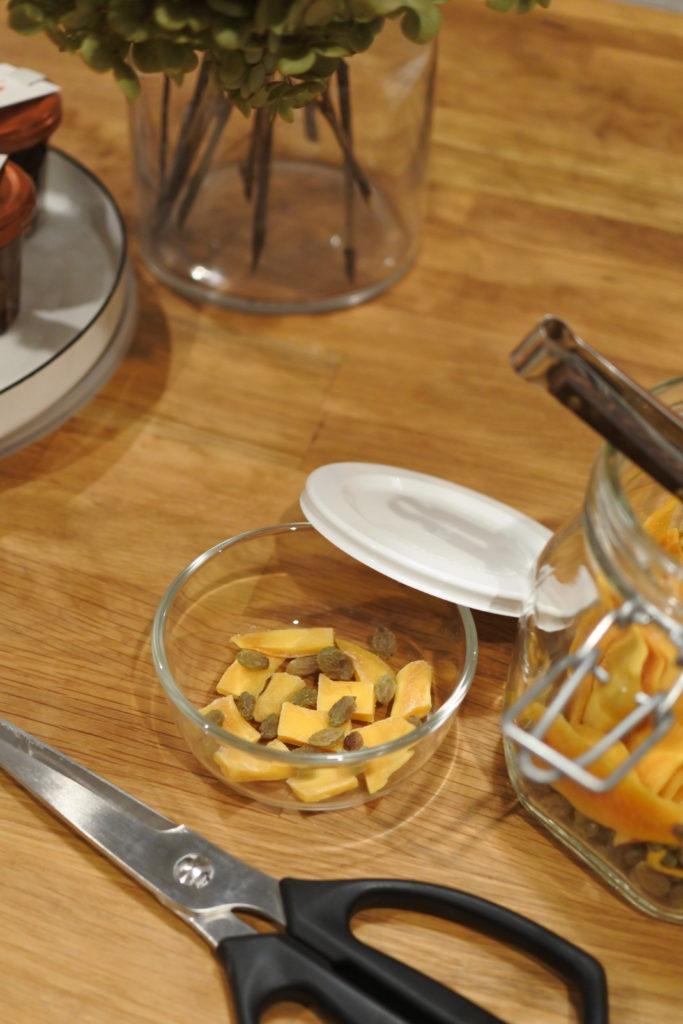パックぼうるで作るドライマンゴーヨーグルト