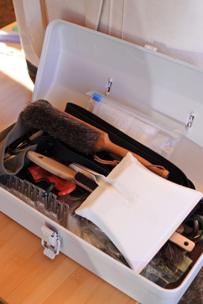 キャンプ用の道具箱に無印のスチール工具箱