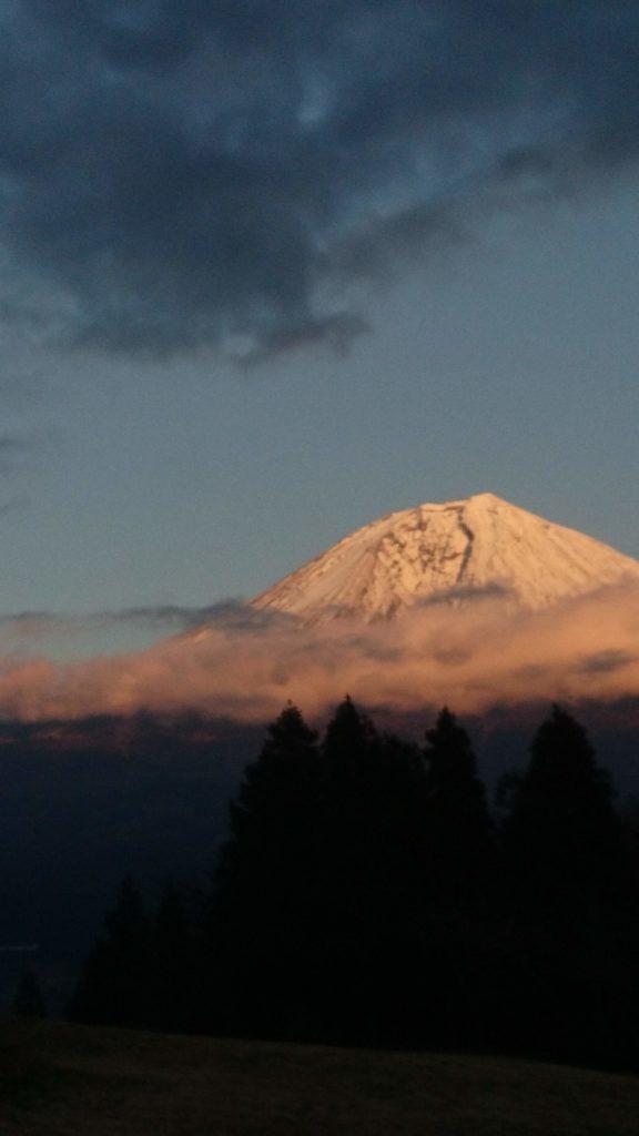 夕暮れの富士山@YMCA