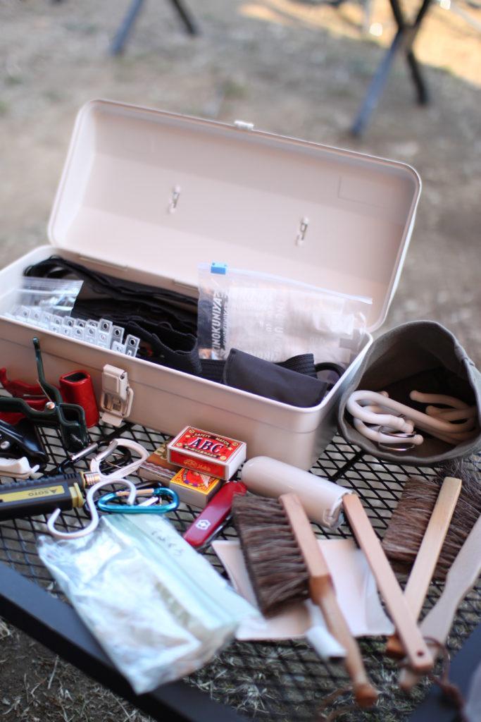 キャンプ用の無印工具箱に入れている物