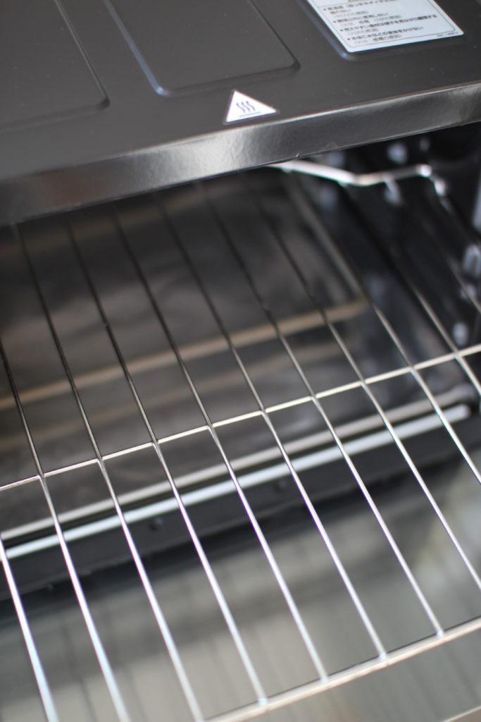 オーブンの網を掃除