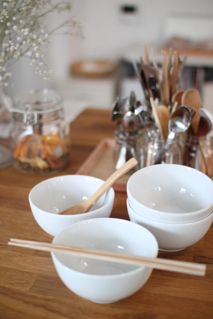 マーガレットハウエルで買ったDenbyのボウルはお茶碗代わりにしたり、スープを入れたり。