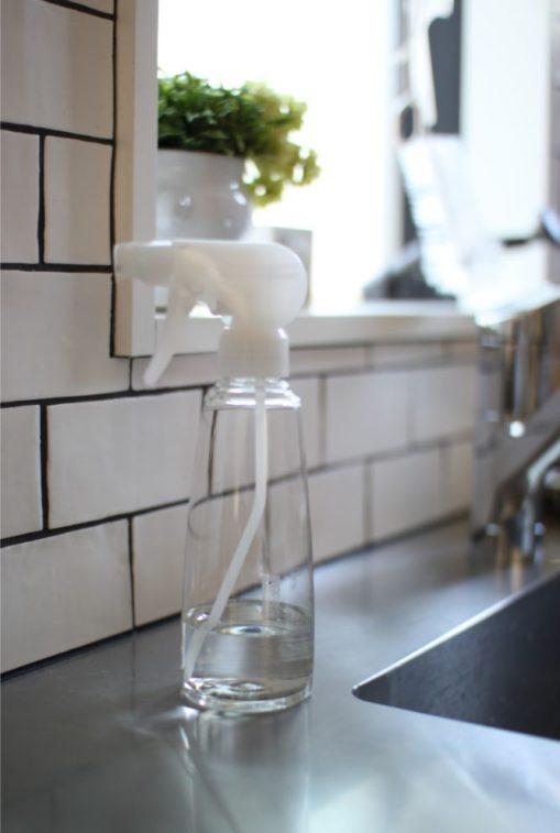 キュキュットクリア泡スプレー泡で出てくるキッチン洗剤が使いやすい