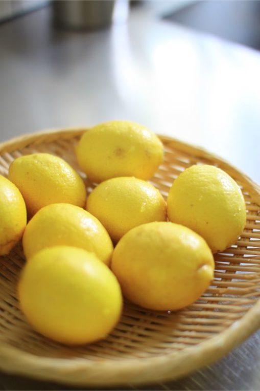 防ばい剤不使用のレモンではちみつレモンとセミドライレモン